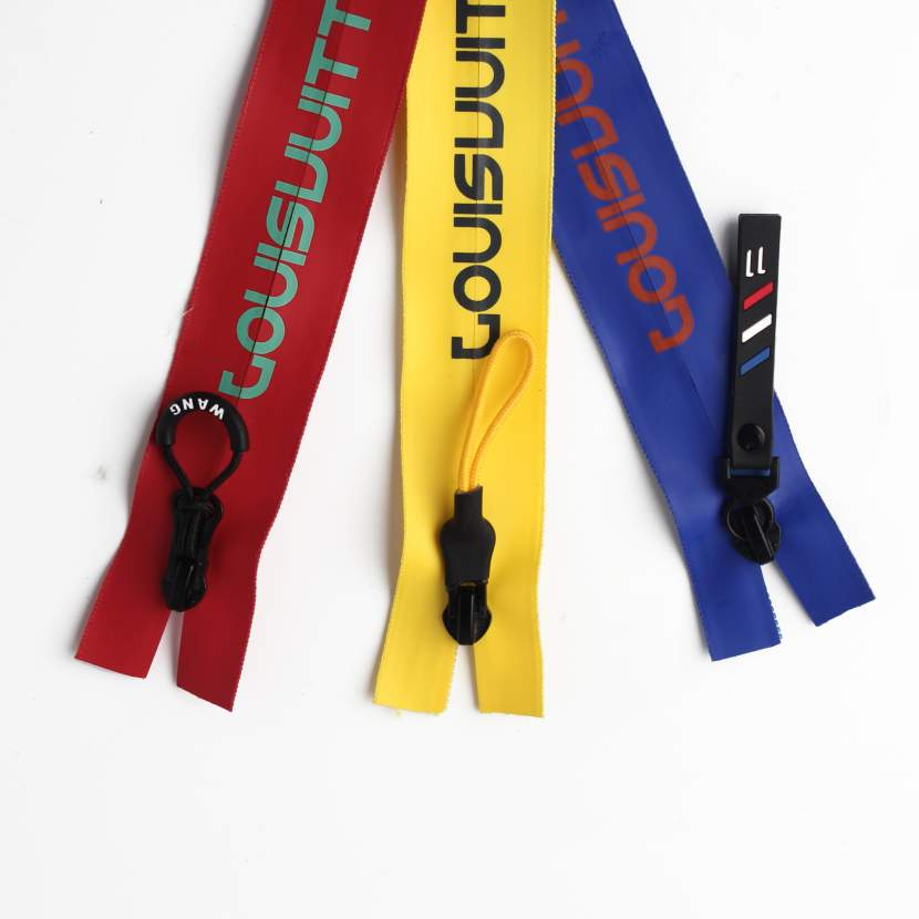 Color PU waterproof film zipper