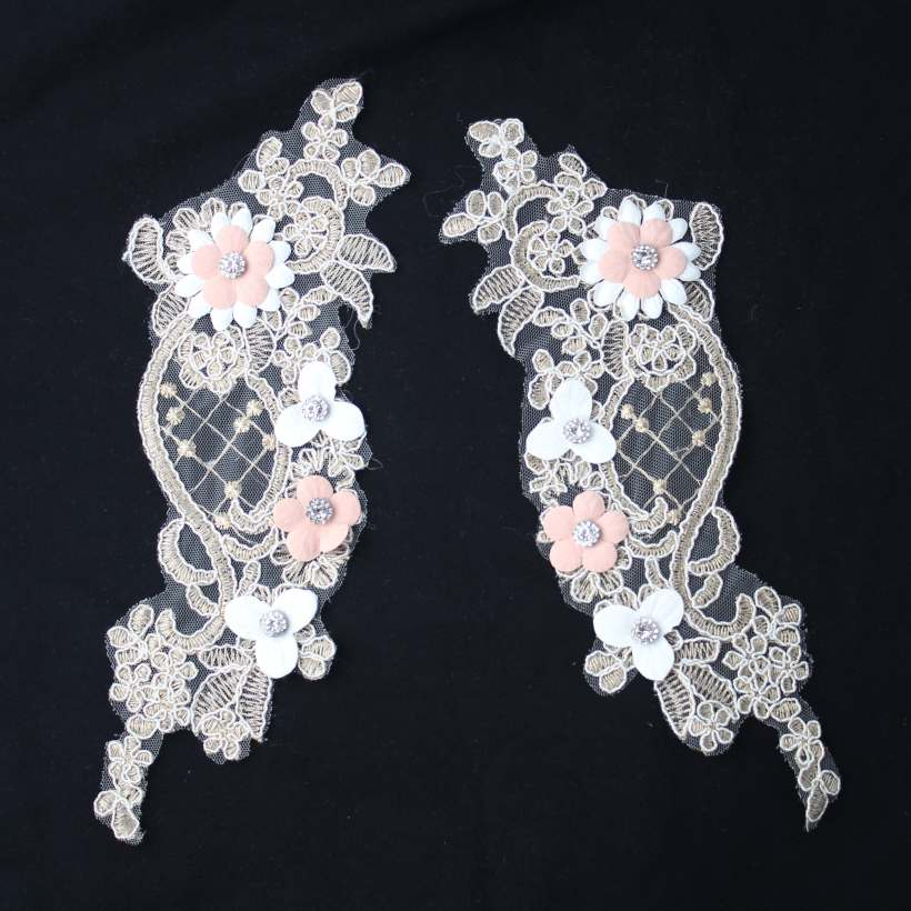 4 Design Vivid Embroidery Lace Rhinestone Diamond Rose Flower Decorative Appliques