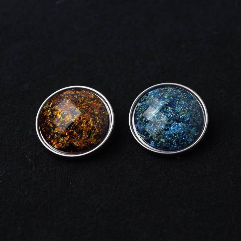 Transparent resin hand sewing buttons