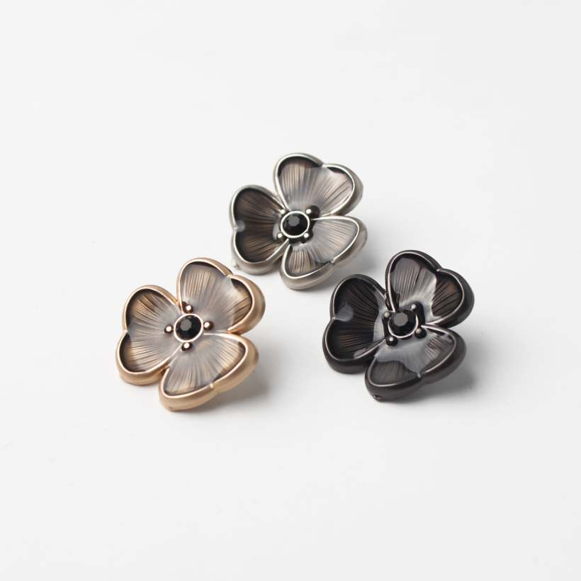 Very Unique Vivid Flower Design Hand Sewing Buttons Hardware Accessory