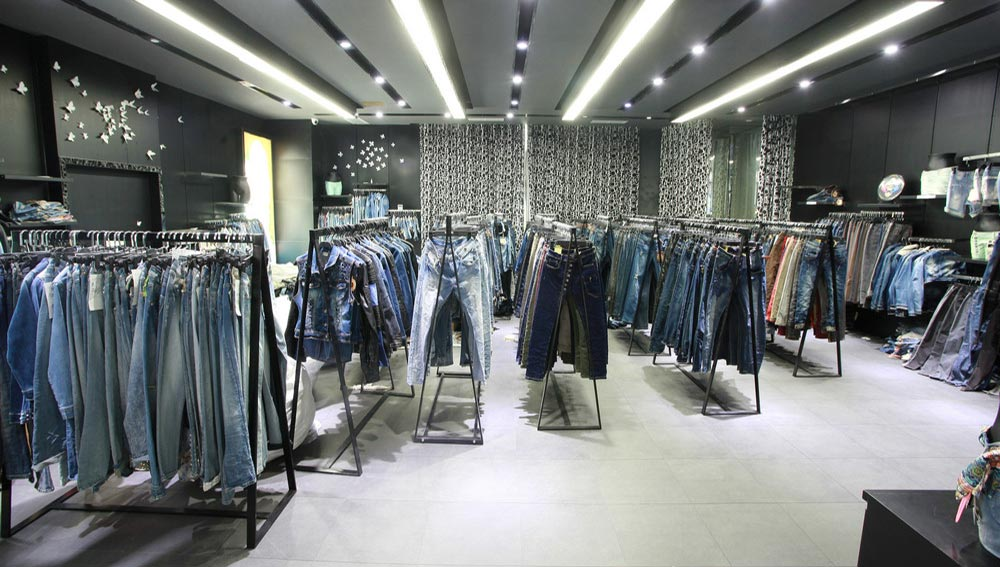 clothing-showroom