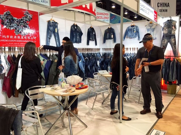 ES at apparel exhibition