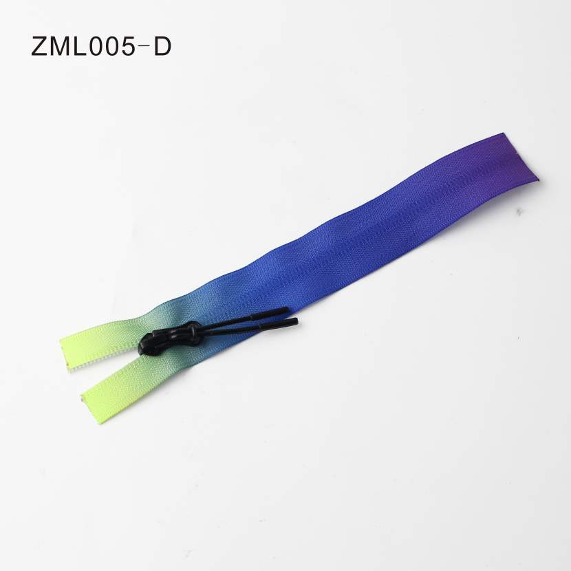 Attractive Multi-Color Decorative Zipper