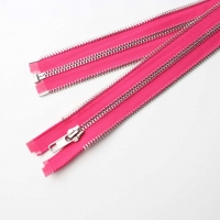 Double cupreous teeth decorated zipper