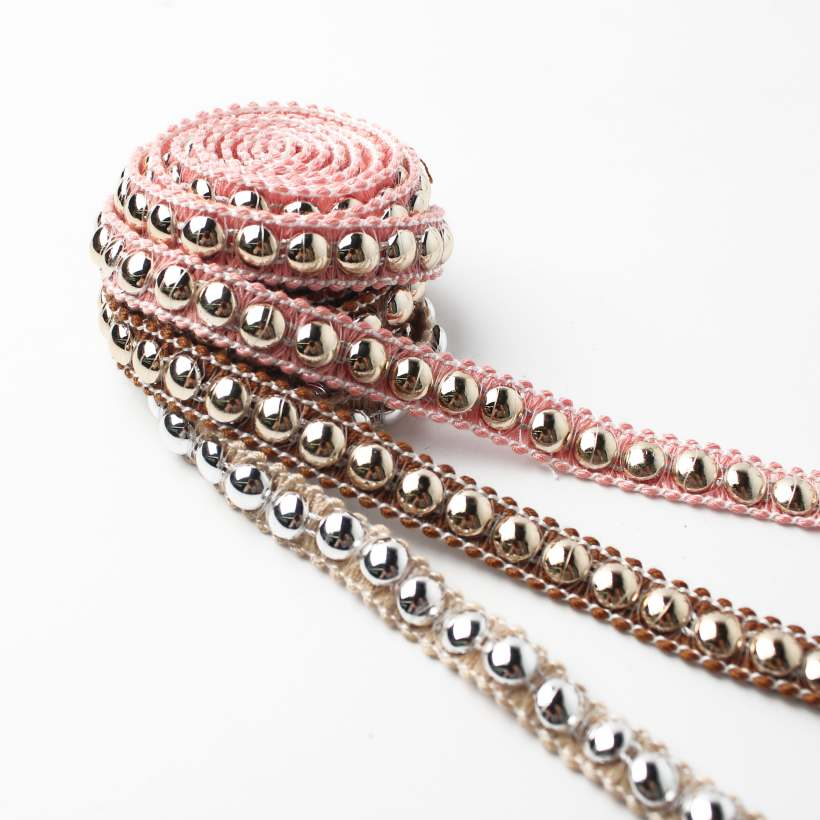 Metal sequin braid