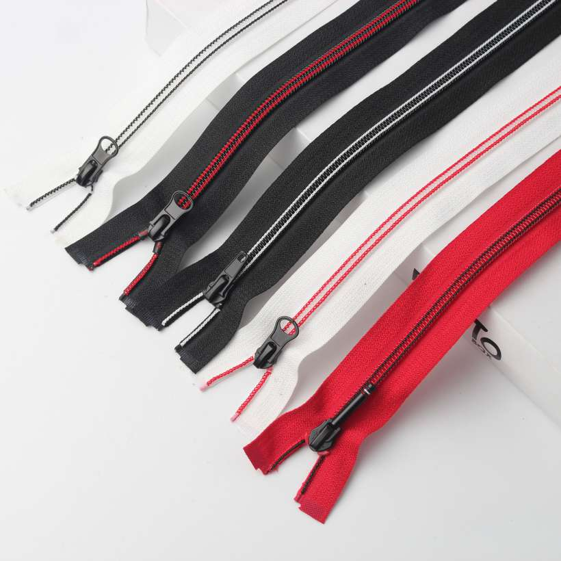 Multicolor nylon open end zipper